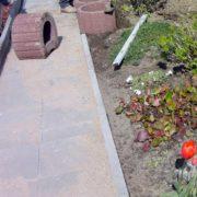 Gartenweg selbst anlegen - mit diesen Tipps klappt es