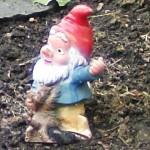 Gartendeko - der Gartenzwerg hat ausgedient