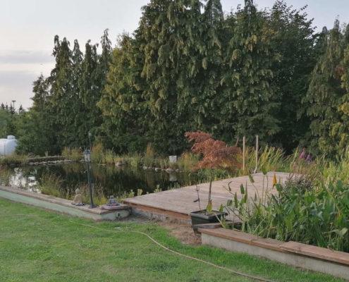 großer Teich für den Garten