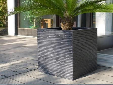 Moderne Pflanzkübel: Praktisch & peppen Garten auf