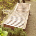 Holzliege für den Garten