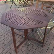 XXL Gartentisch mit Stühlen