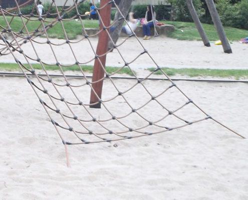 Sandkasten im Garten
