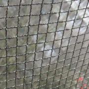 mit praktischem Schutznetz Garten sicherer machen